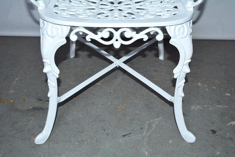 Victorian Style Five-Piece Garden Dining Table and 4 Chairs For Sale 2