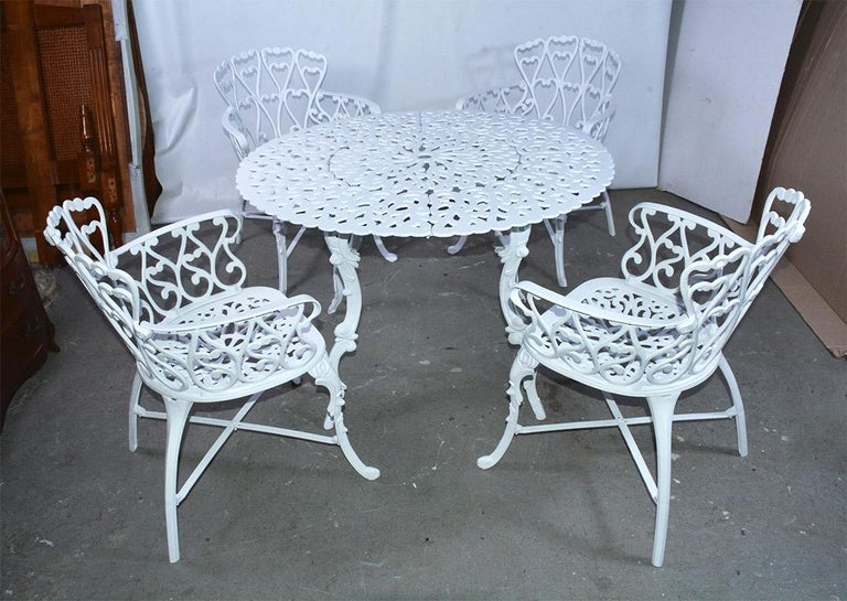 Late Victorian Victorian Style Five-Piece Garden Dining Table and 4 Chairs For Sale