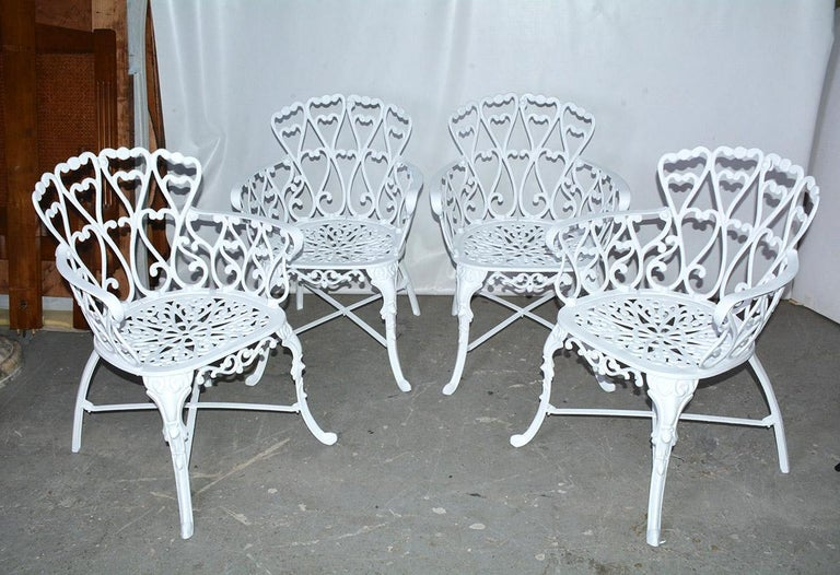 American Victorian Style Five-Piece Garden Dining Table and 4 Chairs For Sale