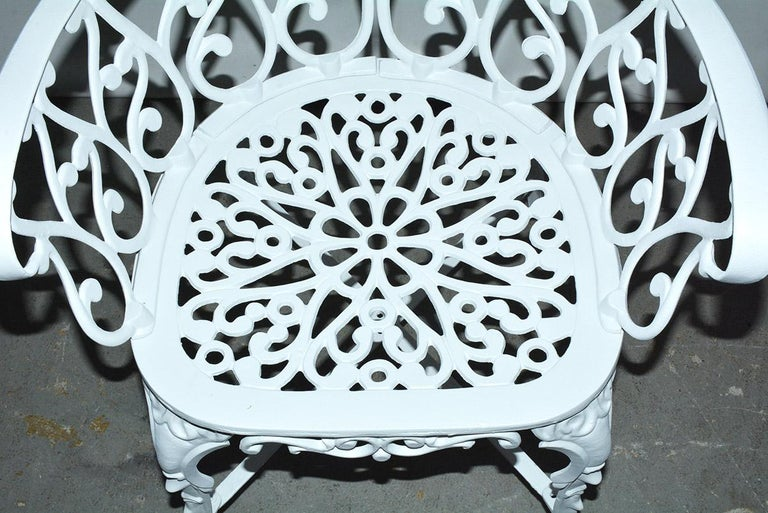 Victorian Style Five-Piece Garden Dining Table and 4 Chairs For Sale 1