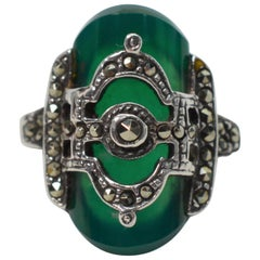 Victorian Style Green Garnet and Agate Ring