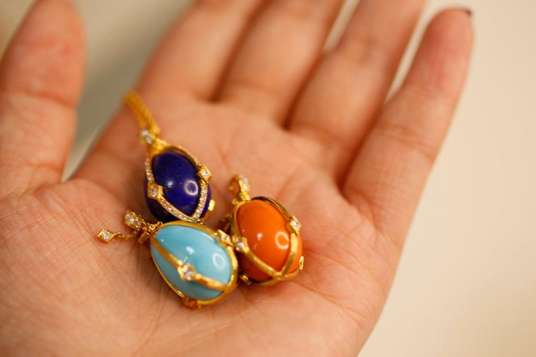 Victorian Style Turquoise and Diamond 18 Karat Gold Egg Pendant For Sale 3