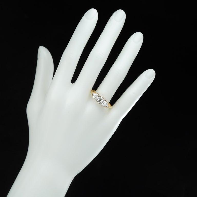 Women's or Men's Victorian Three-Stone Diamond Ring For Sale