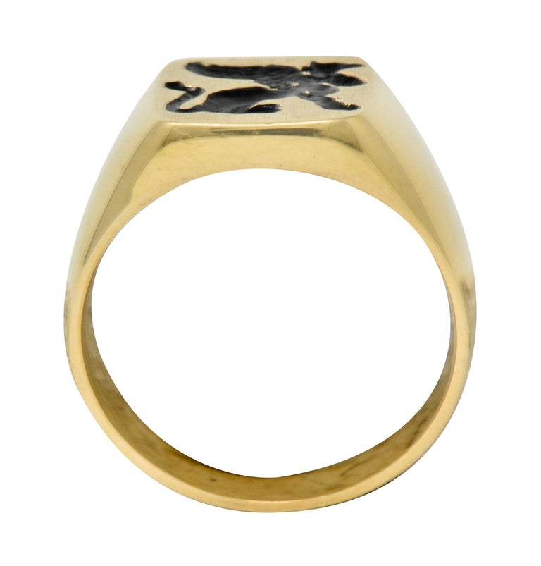 Victorian Tiffany & Co. Enamel 14 Karat Gold Unisex Gryphon Signet Ring For Sale 3
