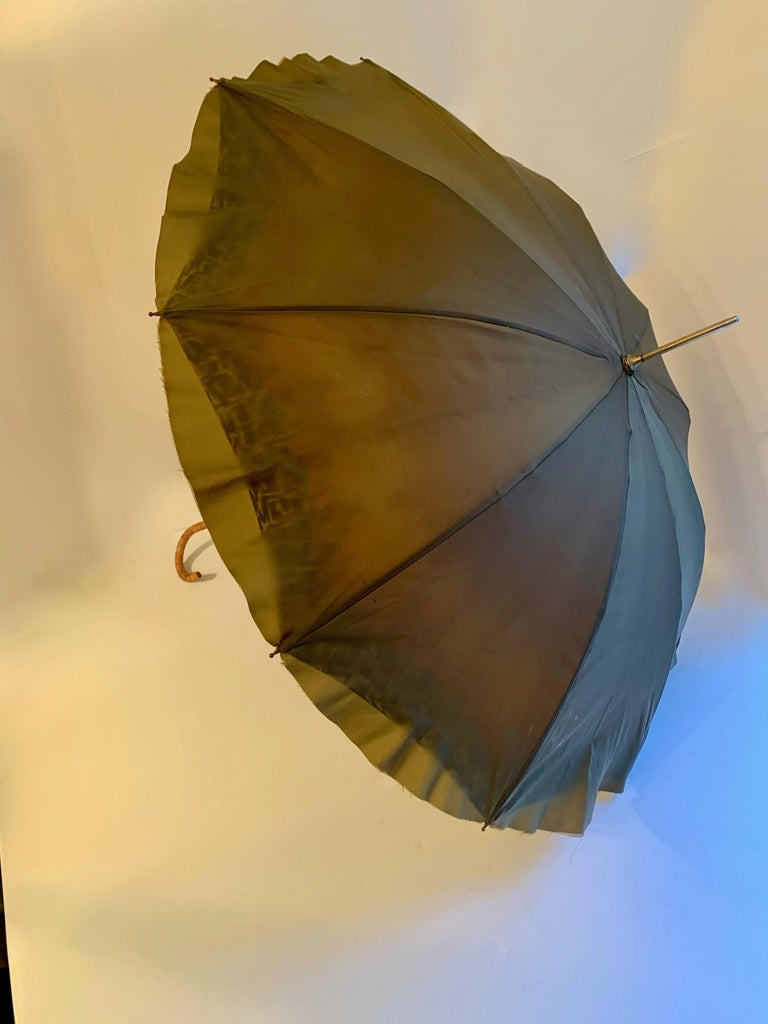 Victorian Umbrella with Cane Handle For Sale 3