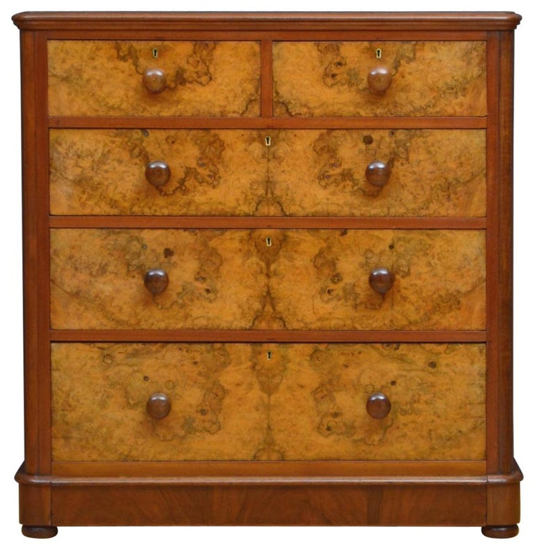 Victorian Walnut Chest of Drawers For Sale