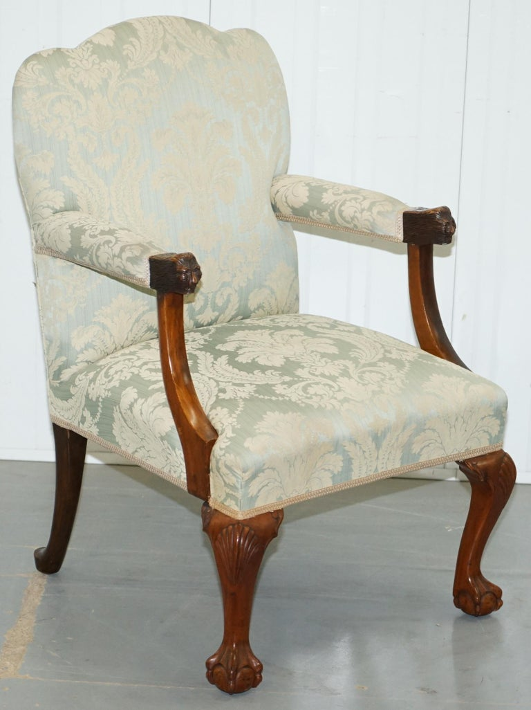 We are delighted to offer for sale this lovely, circa 1890-1900 Victorian Walnut Gainsborough carver armchair in the Georgian Irish manor with claw and ball cabriolet legs finished with Acanthus leaves