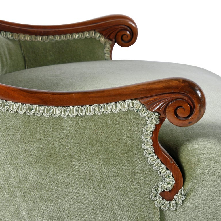 19th Century Victorian Walnut Slipper Shaped Easy Arm Chair For Sale 2