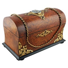 Victorian Walnut Tea Caddy, 19th Century