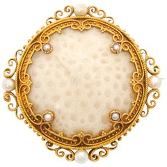 Victorian White Coral Seed Pearls 18 Karat Yellow Gold Brooch