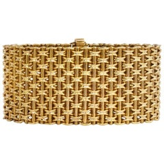 Victorian Wide Gold Bracelet of Woven Links