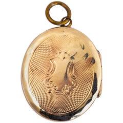 Victorian Yellow Gold Ornate Locket