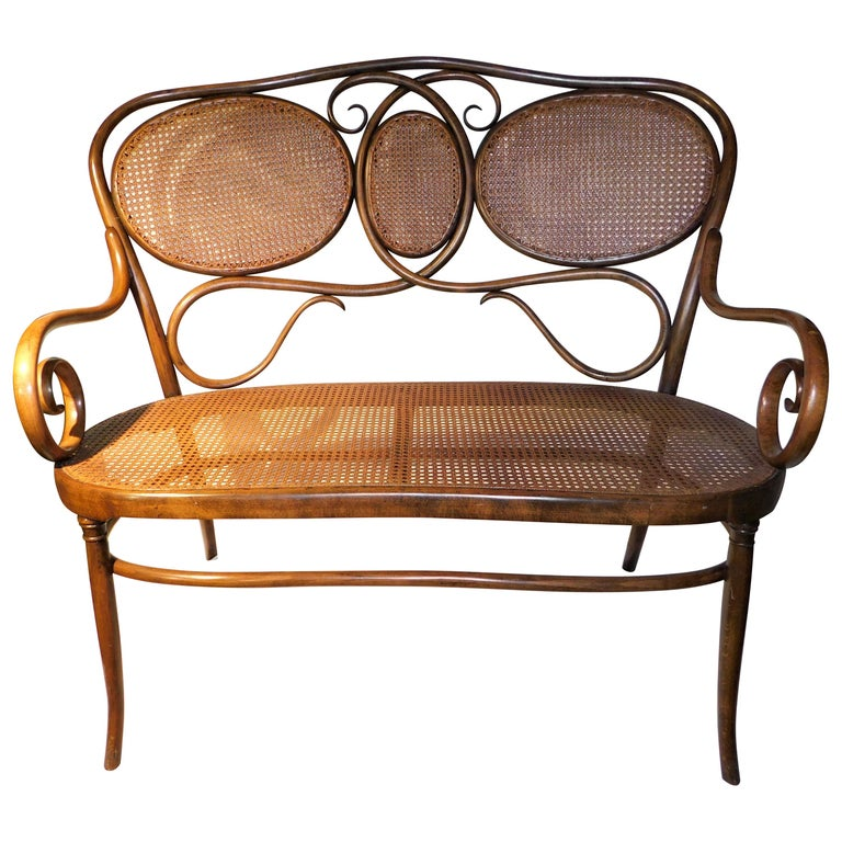 Vienese Secessionist Gebruder Thonet Art Nouveau Bentwood Bench Settee For Sale