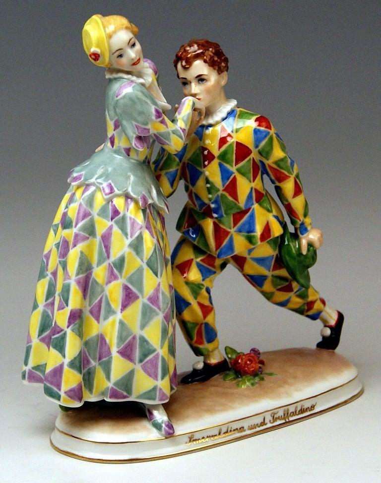 Austrian Vienna Augarten Figurines Smeraldina and Truffaldino Model 1605 Doebrich, 1960 For Sale