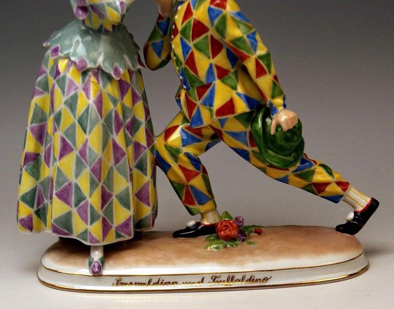 Vienna Augarten Figurines Smeraldina and Truffaldino Model 1605 Doebrich, 1960 In Excellent Condition For Sale In Vienna, AT