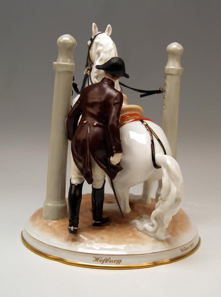 Austrian Vienna Augarten Horse in Den Pilaren Spanish Riding School 1596 Doebrich 1927 For Sale