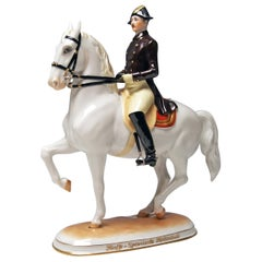 Vienna Augarten Horse Piaffe Spanish Riding School 1590 Doebrich Made circa 1950