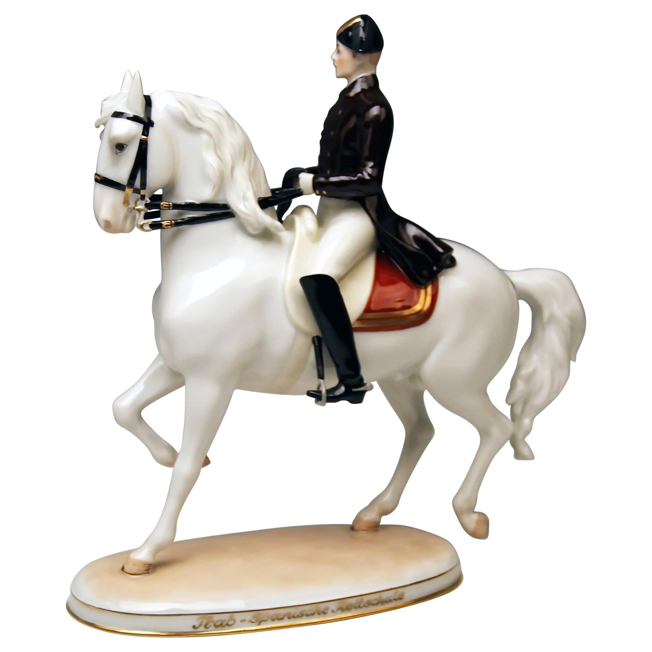 Vienna Augarten Horse Trab Albin Doebrich Model 1592 Spanish Riding School