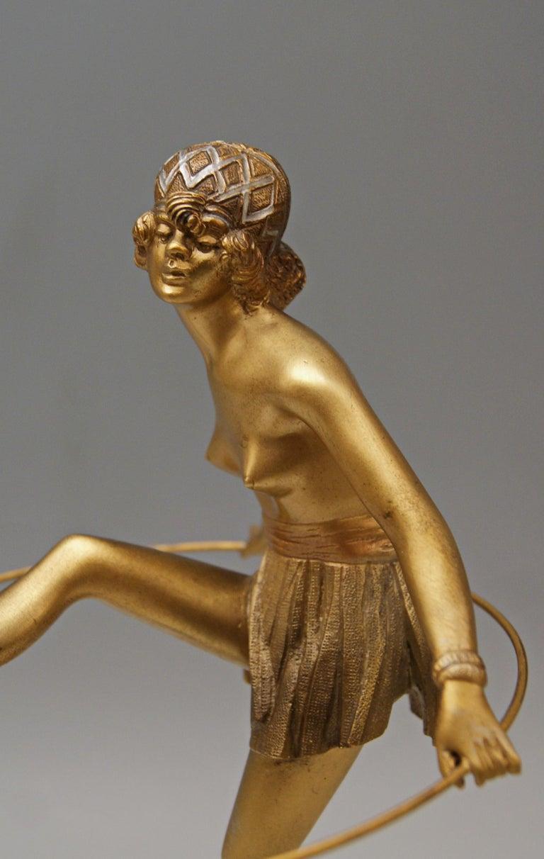Bruno Zach Vienna Bronze Austria Semi-Nude Lady with Hoop Bergmann circa 1930  In Good Condition For Sale In Vienna, AT