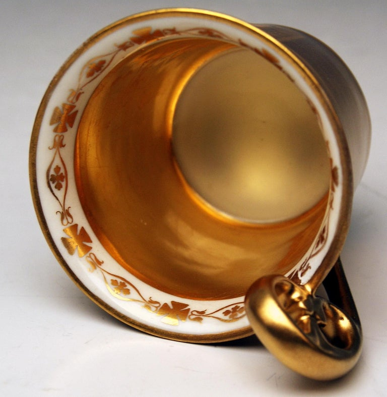 Vienna Imperial Porcelain Golden Cup Saucer Painted Veduta Vienna 1822 and 1838 In Good Condition For Sale In Vienna, AT