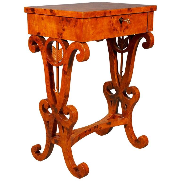 Vienna Salon Table in Biedermeier Style Maple Root  For Sale