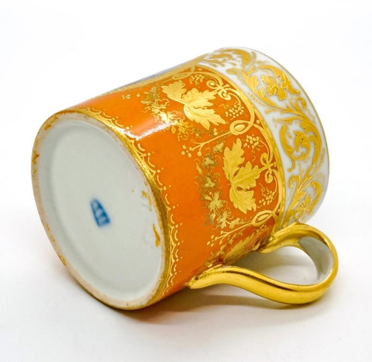 Early 19th Century Viennese Imperial Porcelain Collecting Cup Yellow and Gold with Cupids, 1825 For Sale