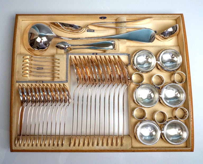 Hand-Crafted Viennese Silver Art Nouveau Cutlery Set for 12 People by Klinkosch in Cassette For Sale