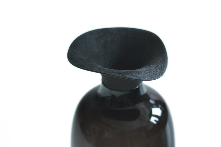 Hand-Carved Vieno Bottle with Medium Wooden Cap by Antrei Hartikainen and Katriina Nuutinen For Sale