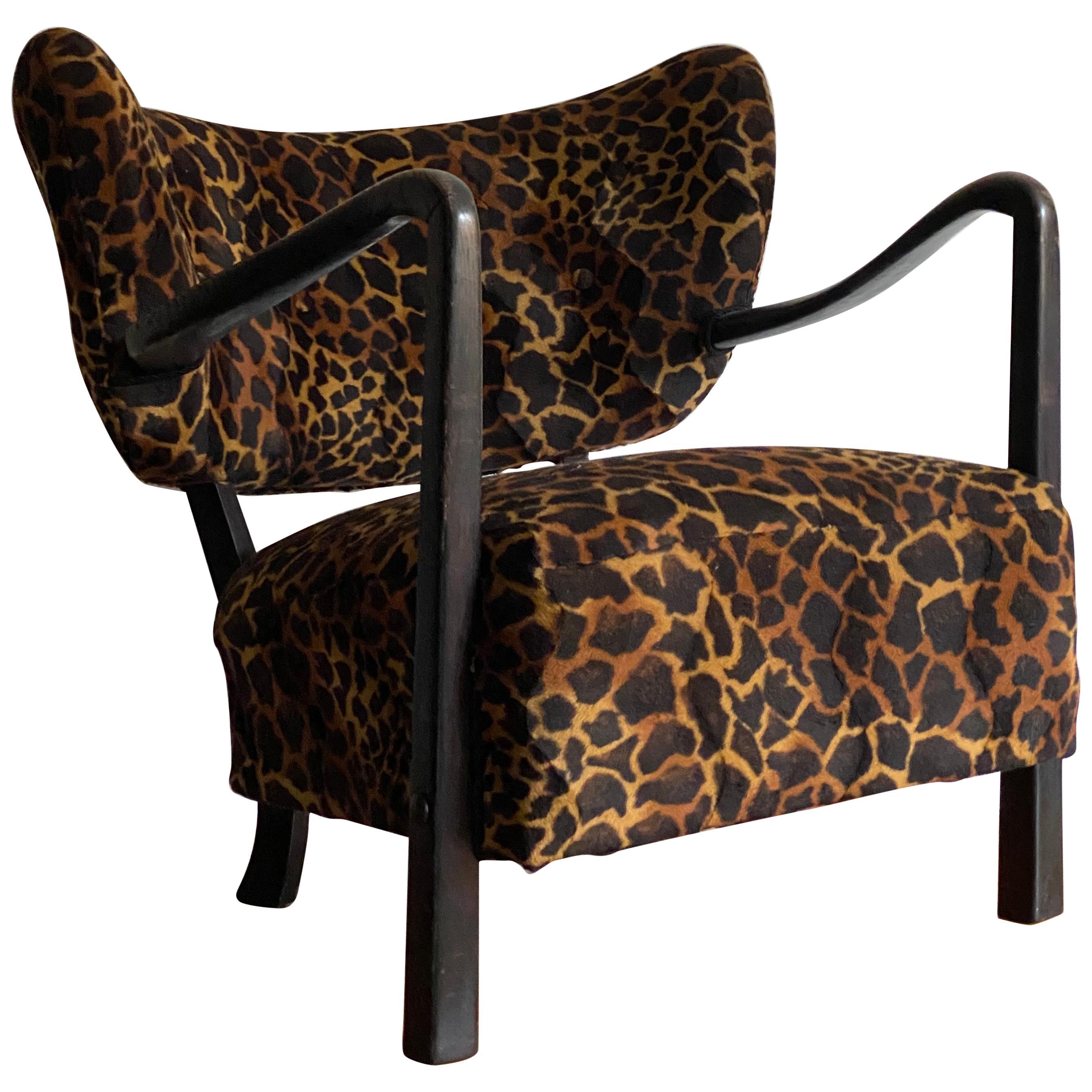 Viggo Boesen 'Attributed' Lounge Chair, Dark Stained Beech, Fabric, 1940s
