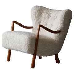 Viggo Boesen 'Attributed' Lounge Chair, Stained Beech, Sheepskin, Denmark, 1940s