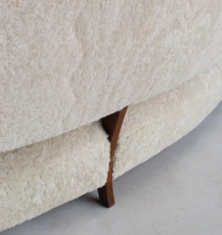 Viggo Boesen 'Attribution', Curved Modernist Sofa, Beech, Sheepskin, 1940s For Sale 4