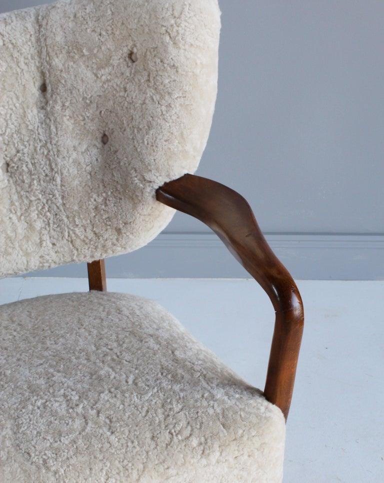 Viggo Boesen 'Attribution', Curved Modernist Sofa, Beech, Sheepskin, 1940s For Sale 7