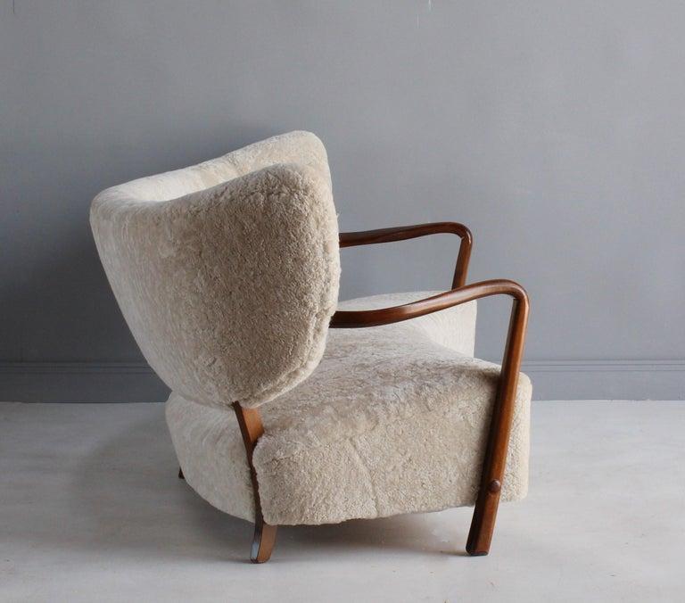 Scandinavian Modern Viggo Boesen 'Attribution', Curved Modernist Sofa, Beech, Sheepskin, 1940s For Sale