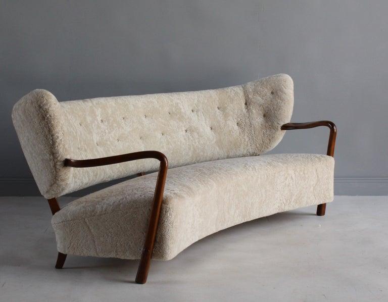 Viggo Boesen 'Attribution', Curved Modernist Sofa, Beech, Sheepskin, 1940s For Sale 1