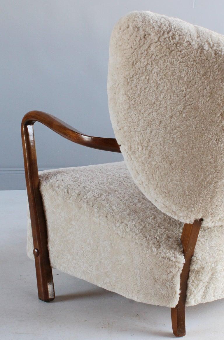 Viggo Boesen 'Attribution', Curved Modernist Sofa, Beech, Sheepskin, 1940s For Sale 2