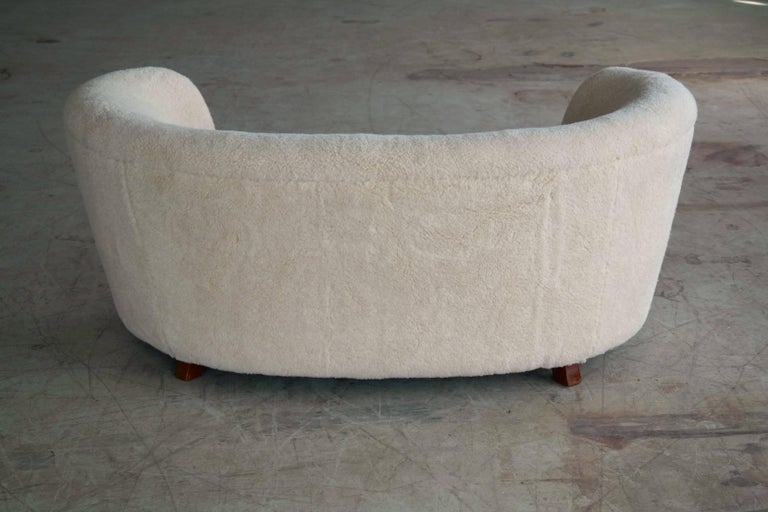 Viggo Boesen Style Banana Shaped Curved Loveseat or Sofa Covered in Lambs, 1940s For Sale 2