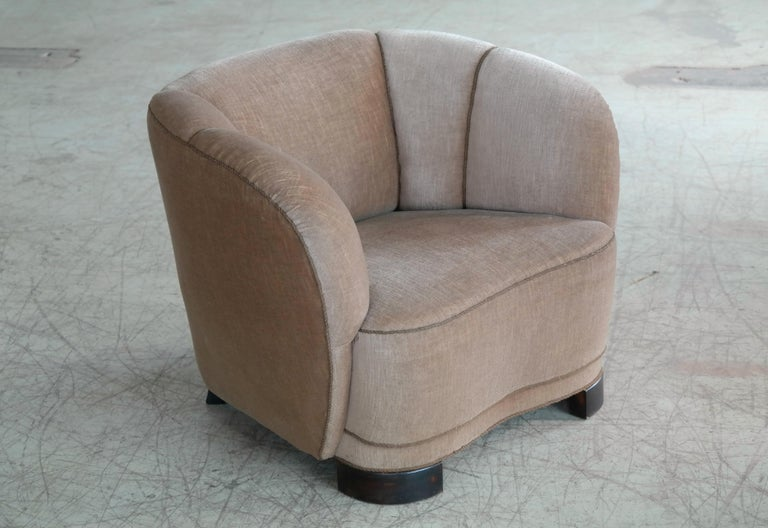 Mid-Century Modern Viggo Boesen Style Pair of 1940s Danish Low Club or Lounge Chairs in Velvet For Sale