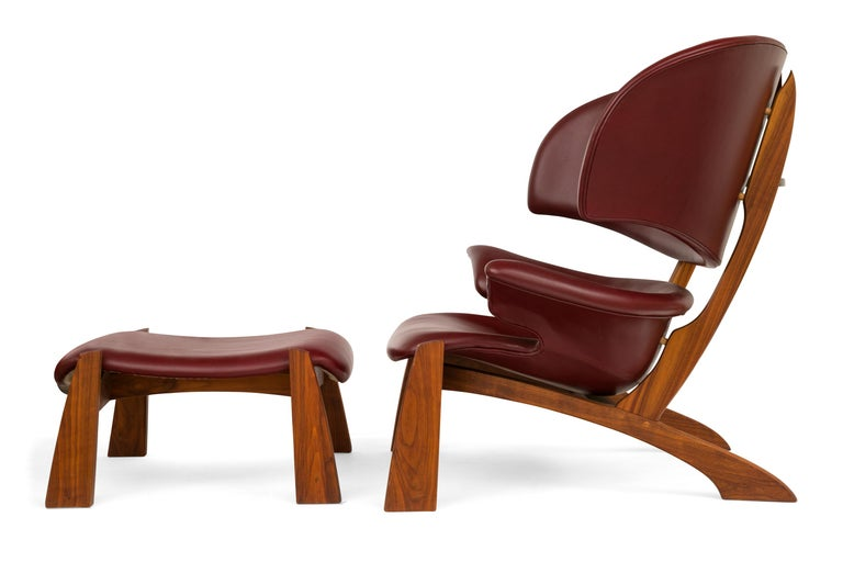 The Viking lounge chair is a beautifully crafted and very comfortable chair. The chair was designed by Oluf Lund as part of his graduation project from the School of Architecture in Aarhus in 1990. The measurements indicated are for the chair only.