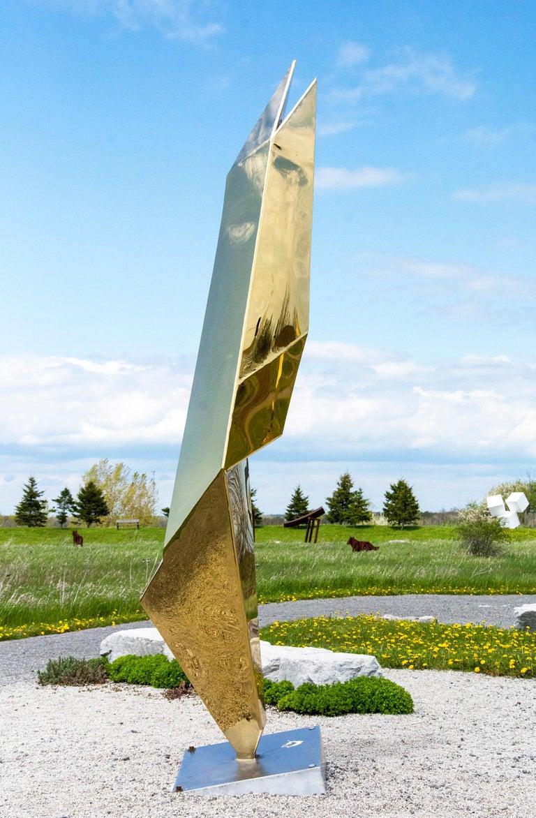 Viktor Mitic Abstract Sculpture - Fragment