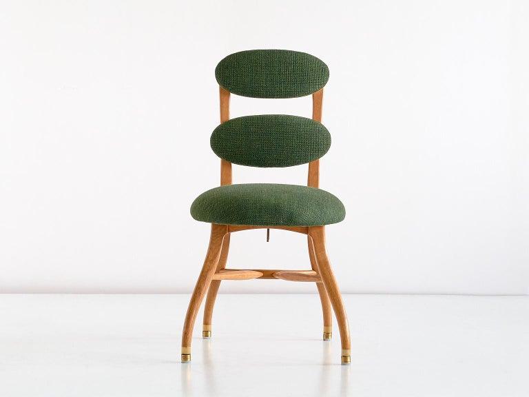 Scandinavian Modern Vilhelm Lauritzen Musician Chair in Oak, Designed for Radiohuset, Denmark, 1950s For Sale