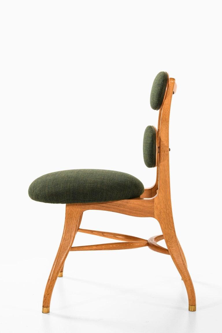 Vilhelm Lauritzen Musician Chair Produced in Denmark In Good Condition In Malmo, SE