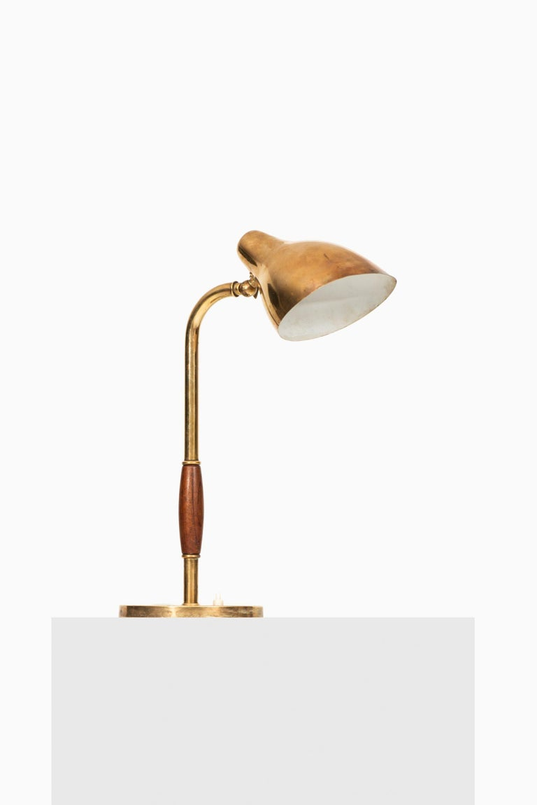 Vilhelm Lauritzen Table Lamp Produced by Louis Poulsen in Denmark In Good Condition For Sale In Malmo, SE