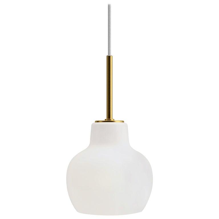 Vilhelm Lauritzen VL-1 Brass and Glass Wall Lamp for Louis Poulsen For Sale 4