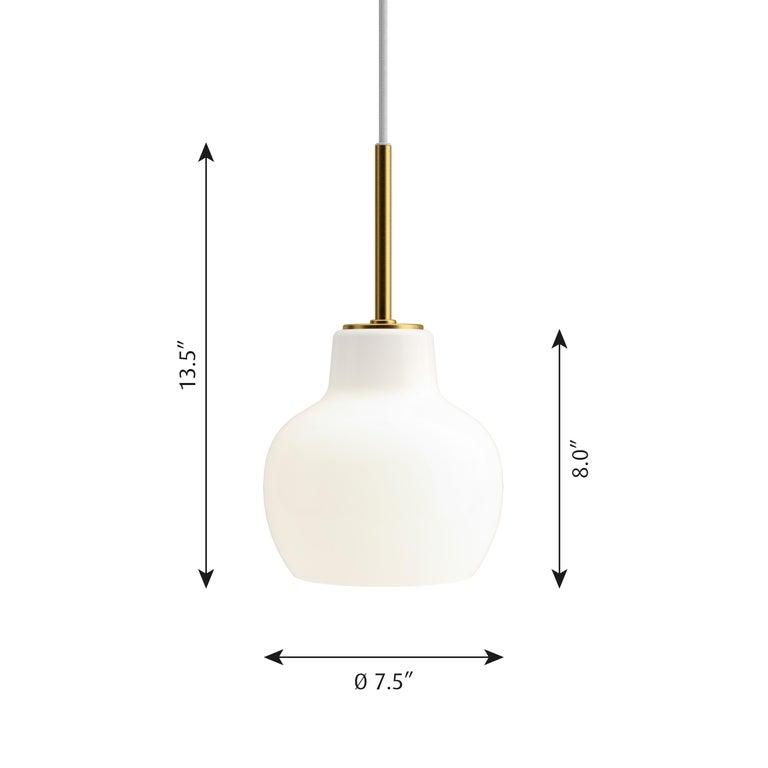 Vilhelm Lauritzen VL-1 Brass and Glass Wall Lamp for Louis Poulsen For Sale 5