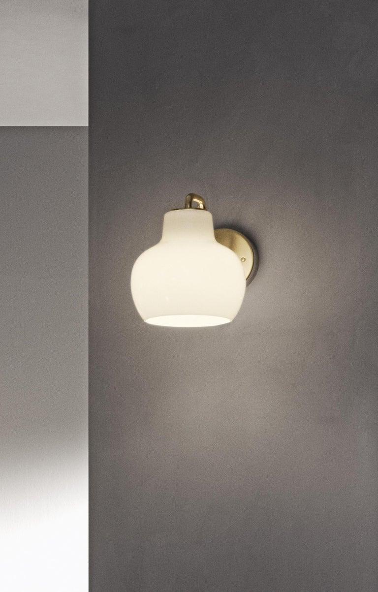 Contemporary Vilhelm Lauritzen VL-1 Brass and Glass Wall Lamp for Louis Poulsen For Sale