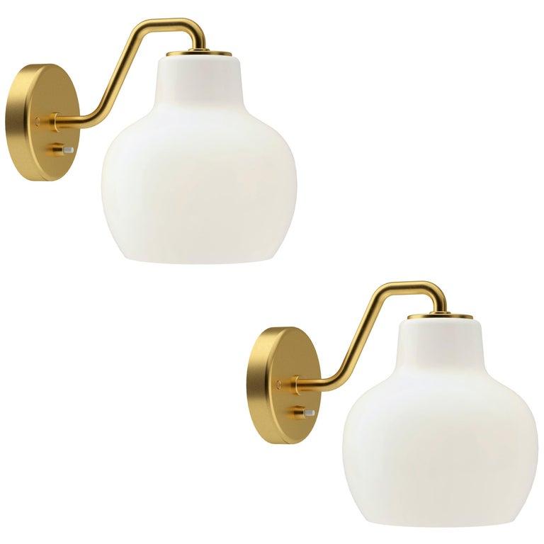 Vilhelm Lauritzen VL-1 Brass and Glass Wall Lamp for Louis Poulsen For Sale