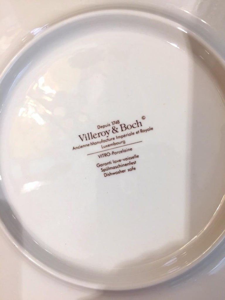 Villeroy & Boch Set for 12 Orange Pink Platters and Dessert Plates In Excellent Condition For Sale In New York, NY