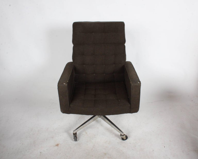 Wool Vincent Cafiero for Knoll Executive Office or Desk Chair For Sale