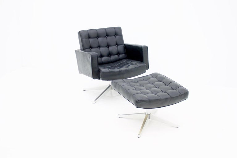 Mid-Century Modern Vincent Cafiero Leather Lounge Chair with Stool, Knoll International, 1960s For Sale