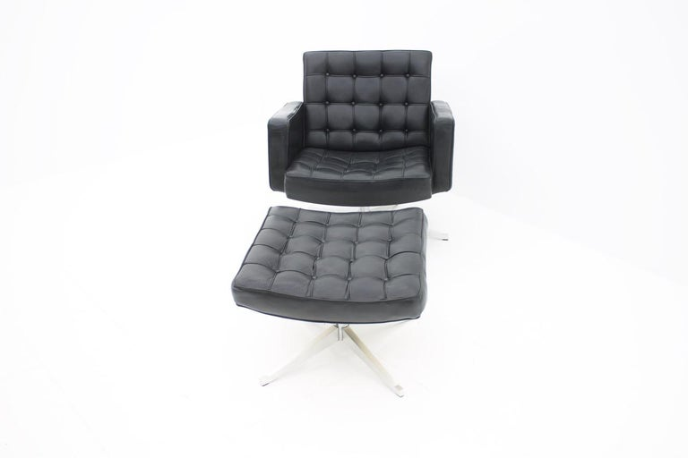 American Vincent Cafiero Leather Lounge Chair with Stool, Knoll International, 1960s For Sale